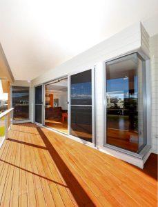 Luxury 2-storey beach house